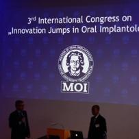 zjazd implantologów