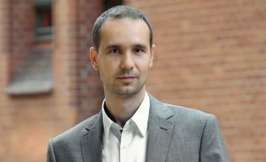 Tomasz Śmigiel implantolog